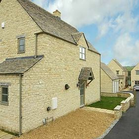 Meadow Court 9 – A Small, High-Quality Development in Northleach