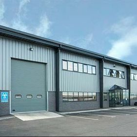 Blade Engineering – MOT Bays, Metalworking, and Office Space